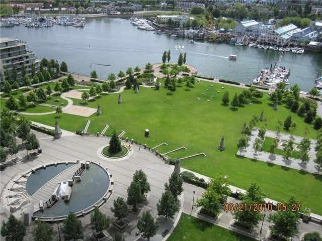 Condo Apartment at 2106 583 BEACH CRESCENT, Unit 2106, Vancouver West, British Columbia. Image 1