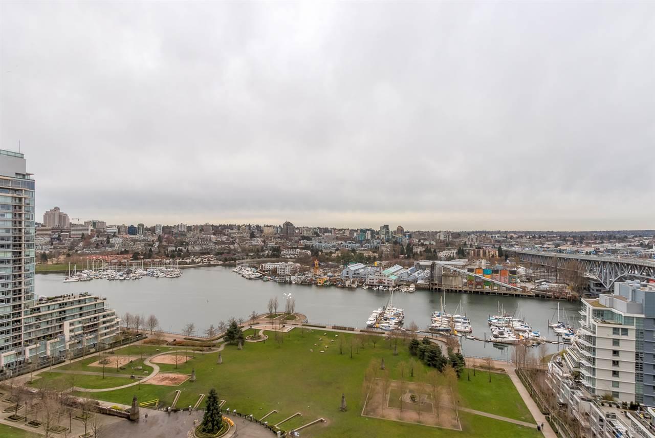Condo Apartment at 2106 583 BEACH CRESCENT, Unit 2106, Vancouver West, British Columbia. Image 2