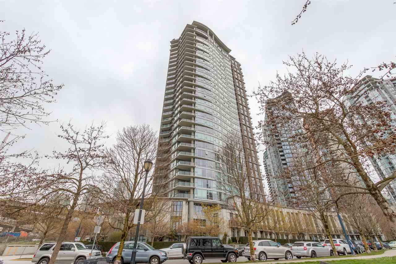Condo Apartment at 2106 583 BEACH CRESCENT, Unit 2106, Vancouver West, British Columbia. Image 3