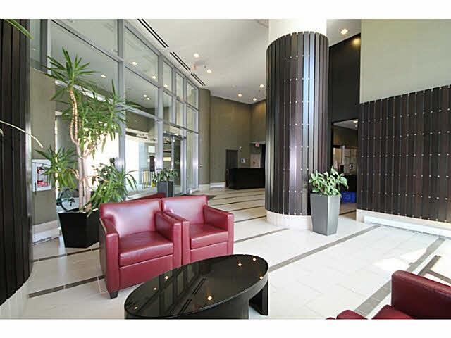 Condo Apartment at 2106 583 BEACH CRESCENT, Unit 2106, Vancouver West, British Columbia. Image 5