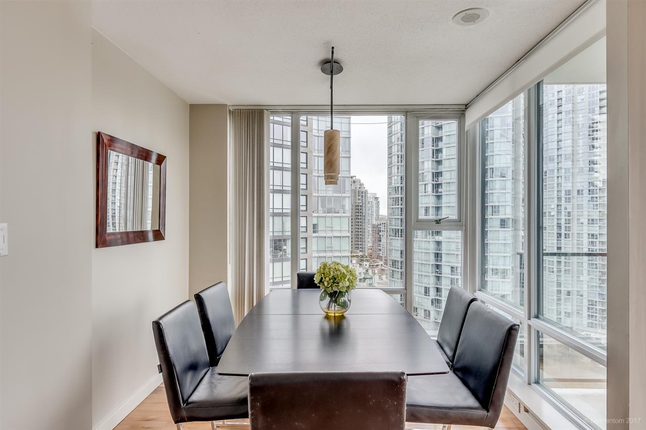 Condo Apartment at 2106 583 BEACH CRESCENT, Unit 2106, Vancouver West, British Columbia. Image 7