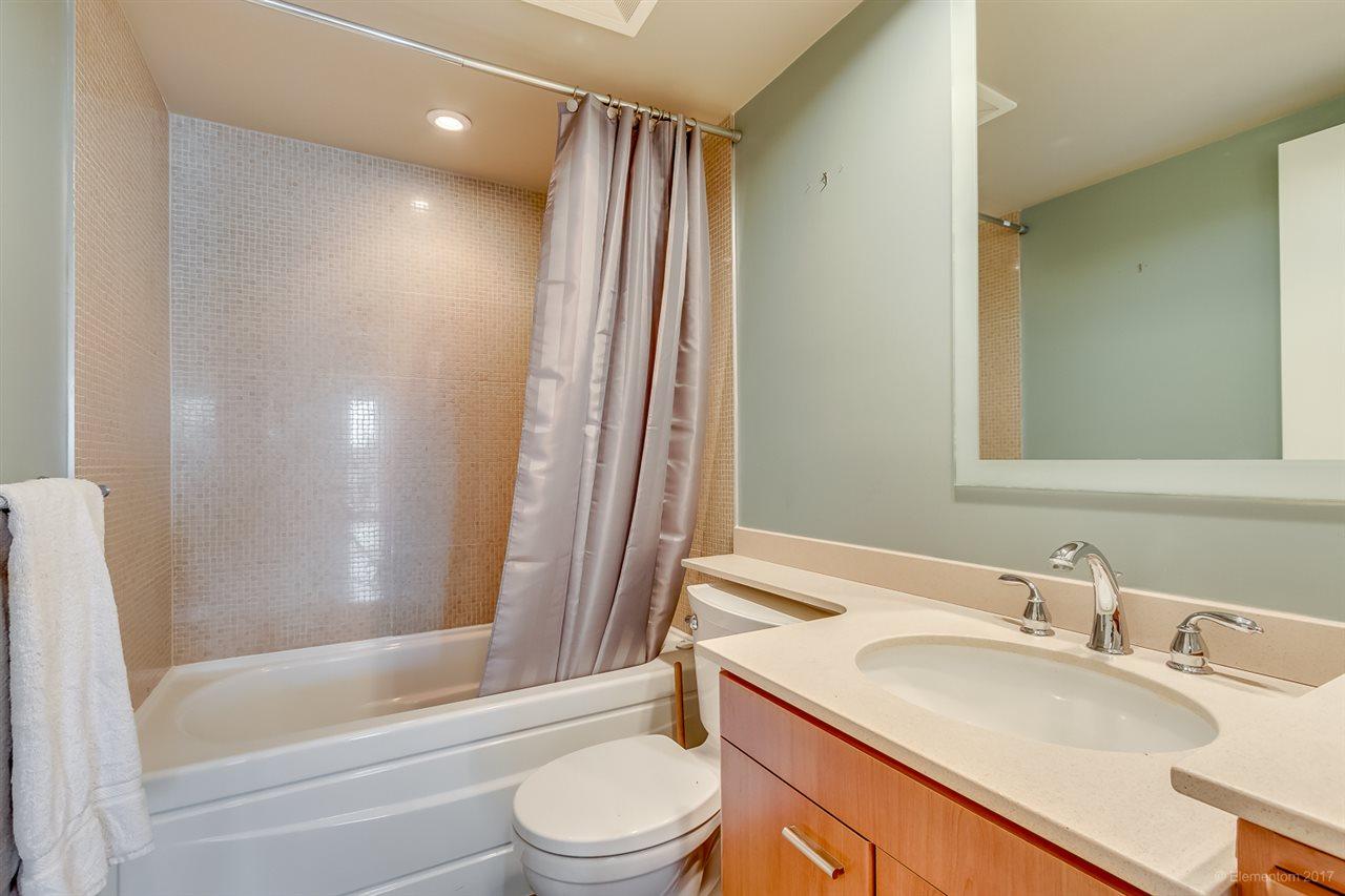 Condo Apartment at 2106 583 BEACH CRESCENT, Unit 2106, Vancouver West, British Columbia. Image 14