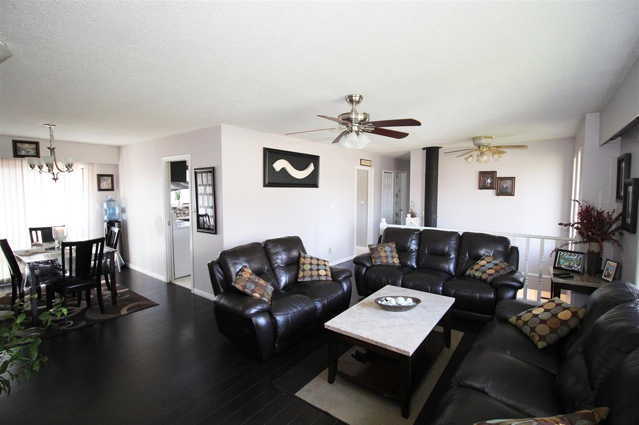 Detached at 30540 BROOKSIDE AVENUE, Abbotsford, British Columbia. Image 5