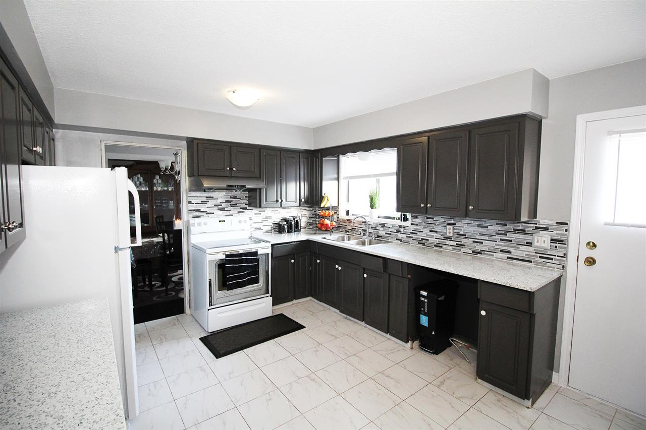 Detached at 30540 BROOKSIDE AVENUE, Abbotsford, British Columbia. Image 7