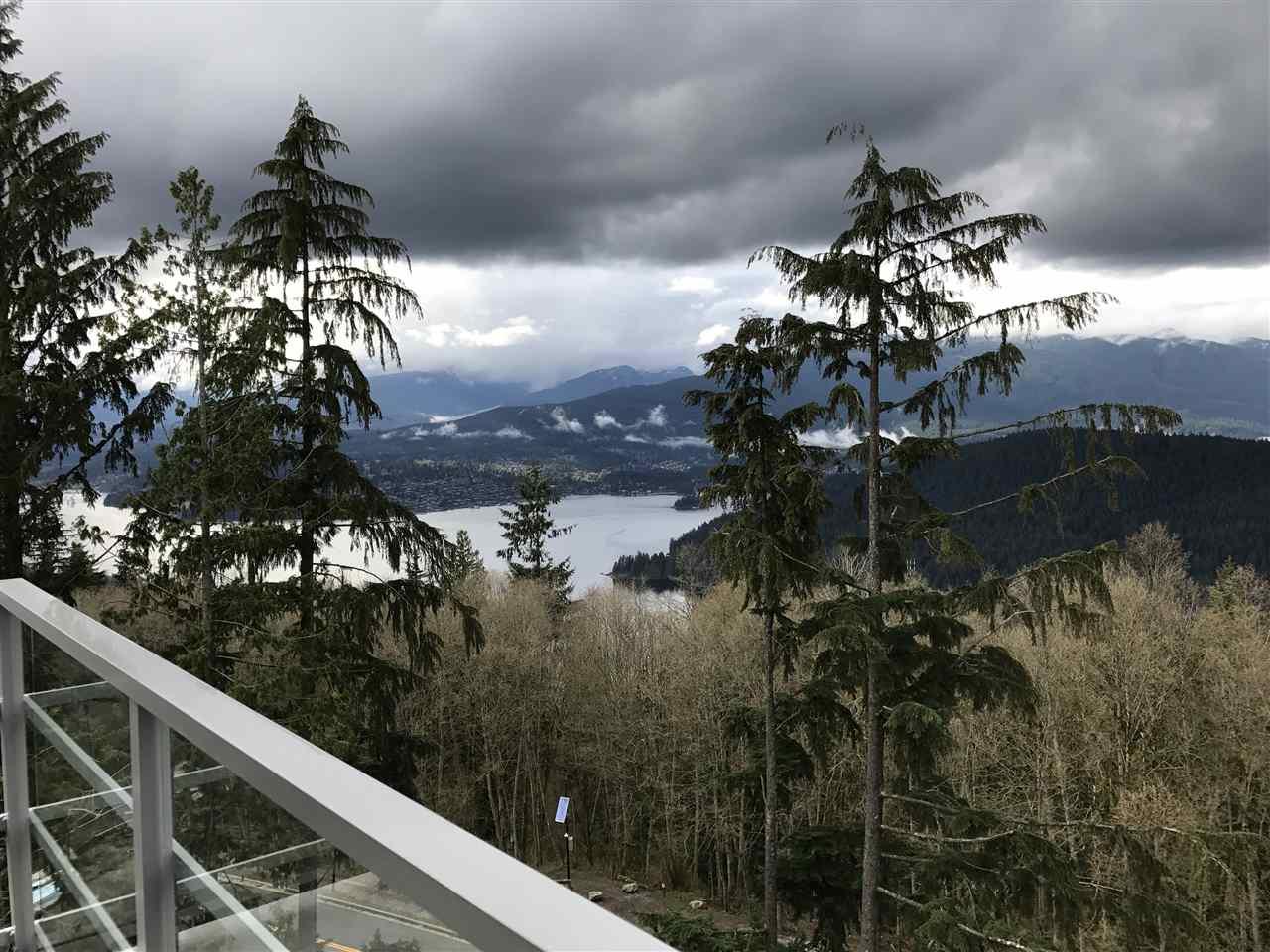 Condo Apartment at 807 9060 UNIVERSITY CRESCENT, Unit 807, Burnaby North, British Columbia. Image 3