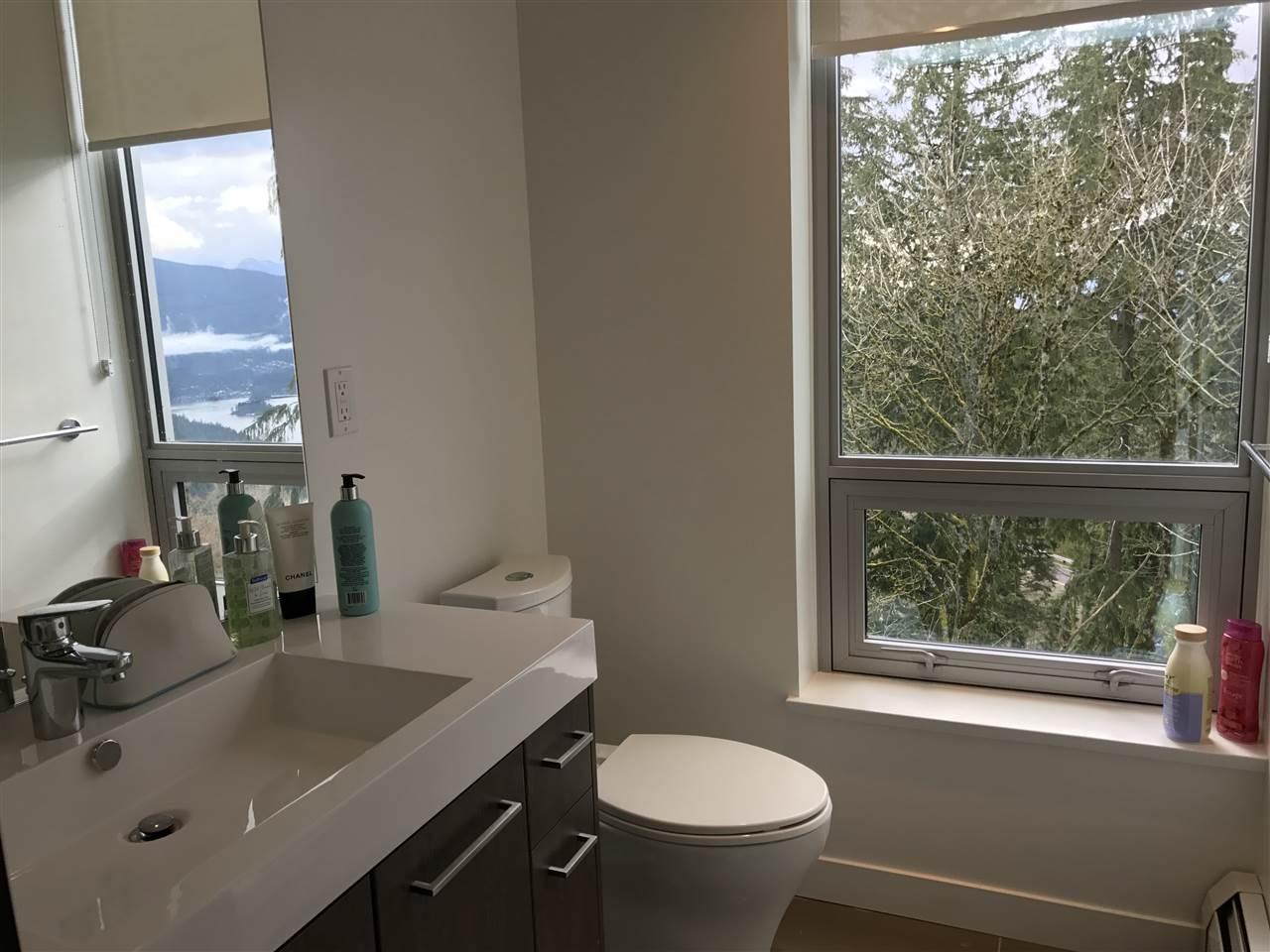 Condo Apartment at 807 9060 UNIVERSITY CRESCENT, Unit 807, Burnaby North, British Columbia. Image 11