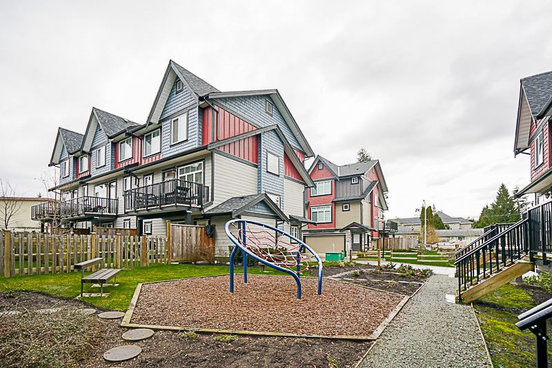 Townhouse at 13 6929 142 STREET, Unit 13, Surrey, British Columbia. Image 20