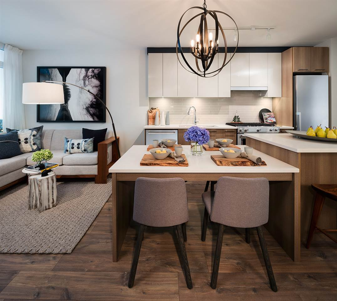 Condo Apartment at 2202 258 NELSON'S CRESCENT, Unit 2202, New Westminster, British Columbia. Image 2