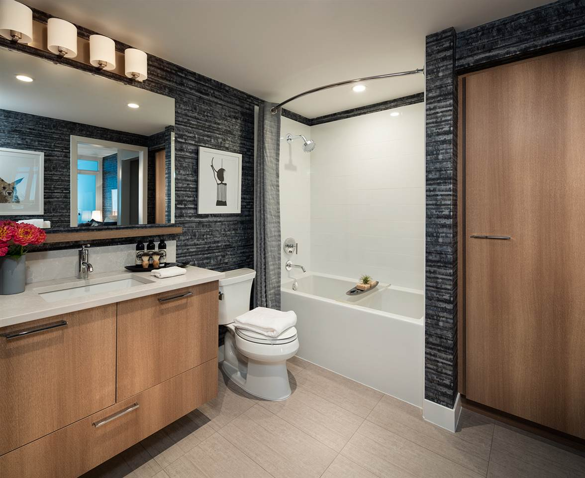 Condo Apartment at 2202 258 NELSON'S CRESCENT, Unit 2202, New Westminster, British Columbia. Image 5
