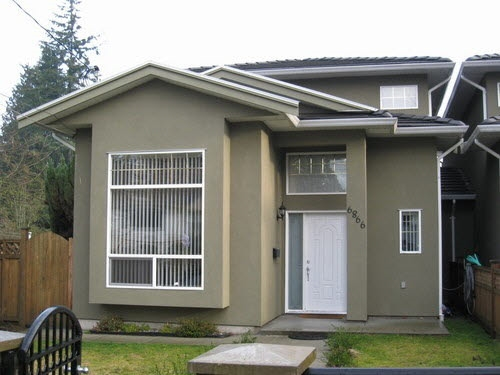 Half-duplex at 6866 KOALA COURT, Burnaby South, British Columbia. Image 2