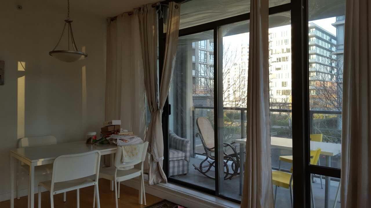 Condo Apartment at 601 6888 ALDERBRIDGE WAY, Unit 601, Richmond, British Columbia. Image 5