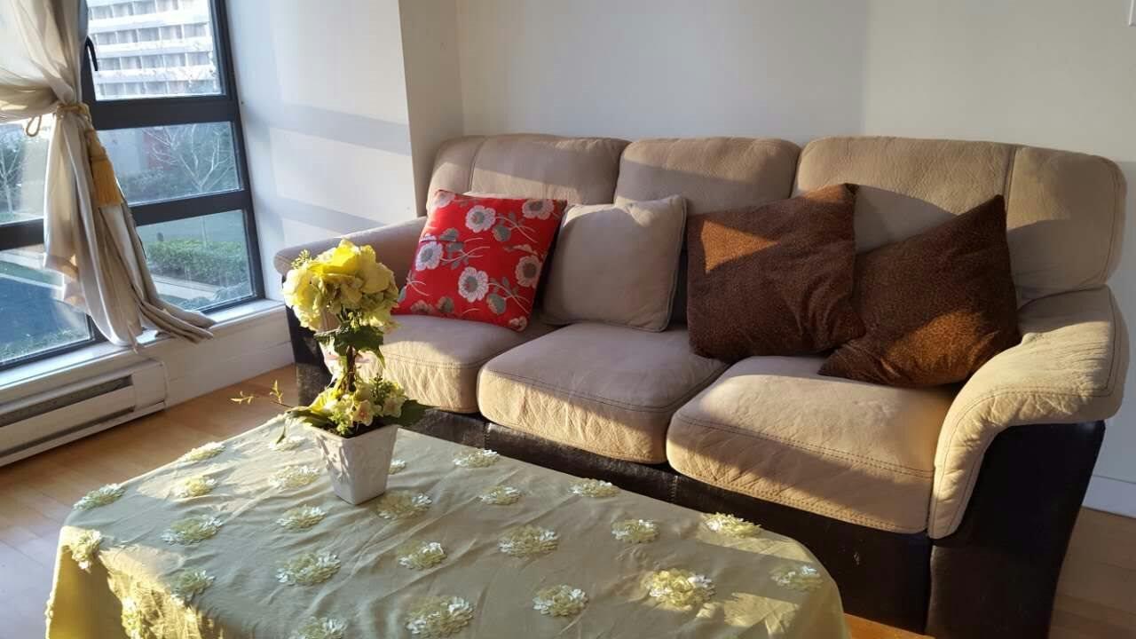 Condo Apartment at 601 6888 ALDERBRIDGE WAY, Unit 601, Richmond, British Columbia. Image 6