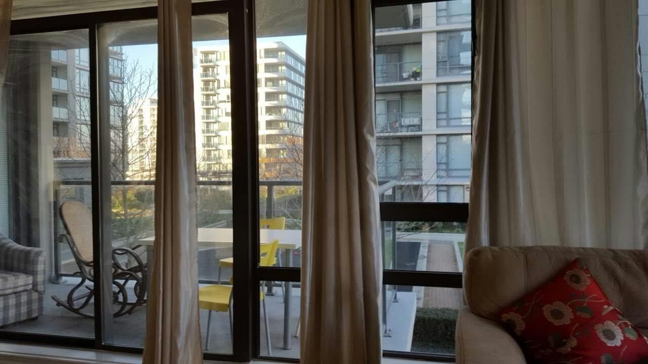 Condo Apartment at 601 6888 ALDERBRIDGE WAY, Unit 601, Richmond, British Columbia. Image 8