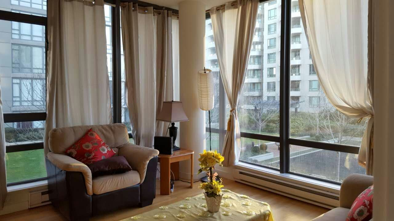 Condo Apartment at 601 6888 ALDERBRIDGE WAY, Unit 601, Richmond, British Columbia. Image 9