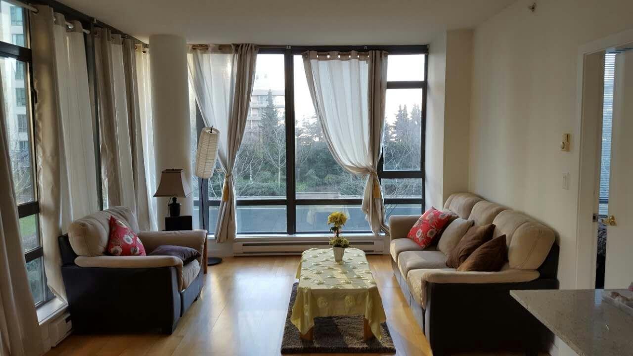 Condo Apartment at 601 6888 ALDERBRIDGE WAY, Unit 601, Richmond, British Columbia. Image 14