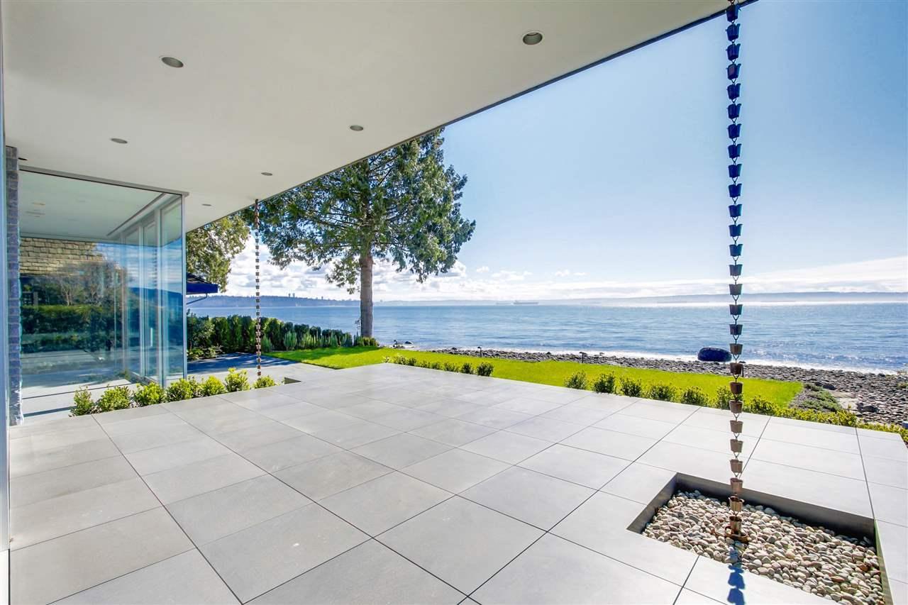 Detached at 2878 BELLEVUE AVENUE, West Vancouver, British Columbia. Image 19