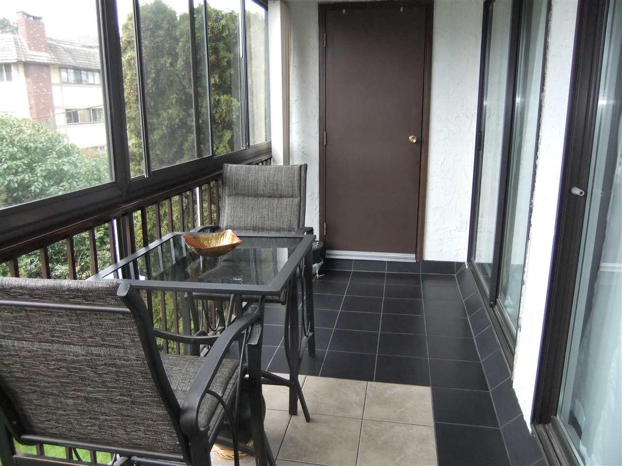 Condo Apartment at 211 1355 WINTER STREET, Unit 211, South Surrey White Rock, British Columbia. Image 9