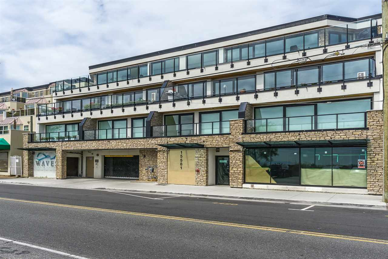 Condo Apartment at 202 15581 MARINE DRIVE, Unit 202, South Surrey White Rock, British Columbia. Image 14