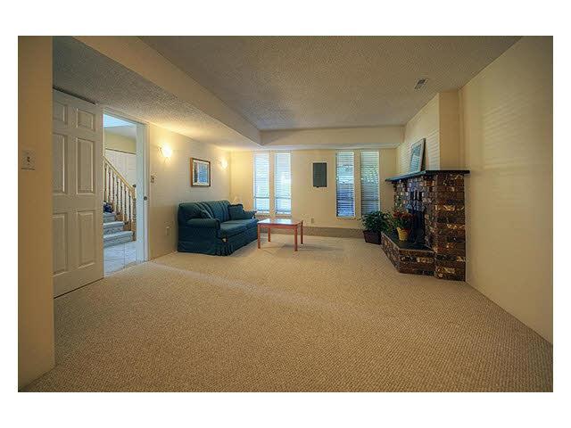 Half-duplex at 4680 LARKSPUR AVENUE, Richmond, British Columbia. Image 3