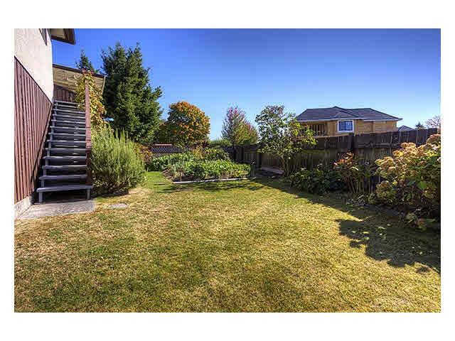 Half-duplex at 4680 LARKSPUR AVENUE, Richmond, British Columbia. Image 8