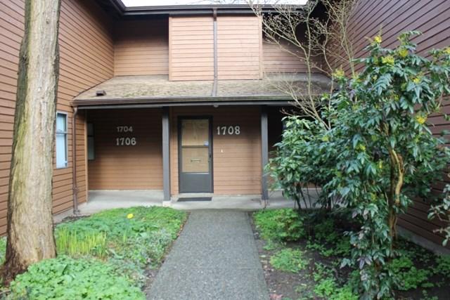 Townhouse at 1704 10620 150 STREET, Unit 1704, North Surrey, British Columbia. Image 2