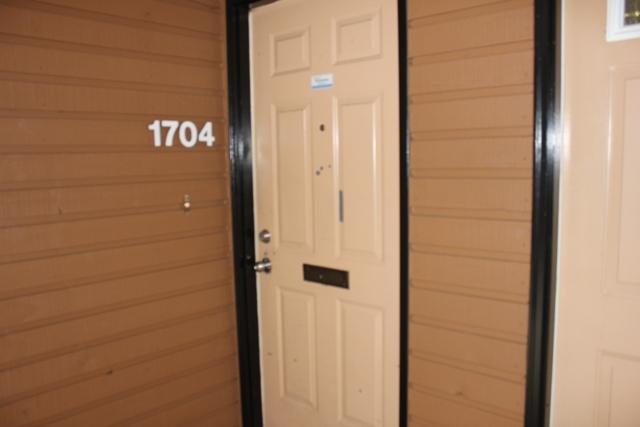 Townhouse at 1704 10620 150 STREET, Unit 1704, North Surrey, British Columbia. Image 3