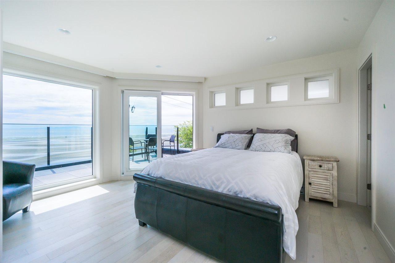 Condo Apartment at PH 15581 MARINE DRIVE, Unit PH, South Surrey White Rock, British Columbia. Image 10