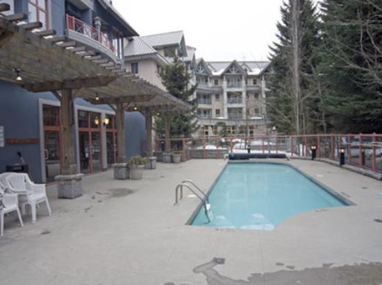 Condo Apartment at 320 4369 MAIN STREET, Unit 320, Whistler, British Columbia. Image 10
