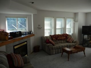 Townhouse at 2 20959 SAKWI CREEK ROAD, Unit 2, Mission, British Columbia. Image 7