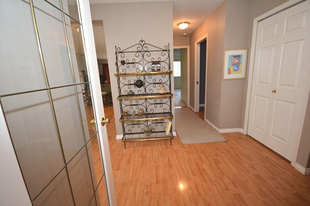 Half-duplex at 4563 KING EDWARD PLACE, Ladner, British Columbia. Image 9