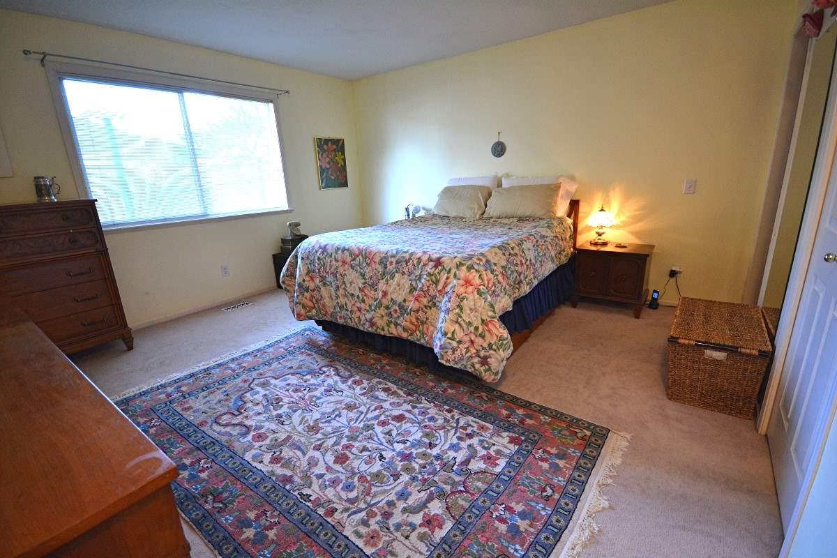 Half-duplex at 4563 KING EDWARD PLACE, Ladner, British Columbia. Image 12