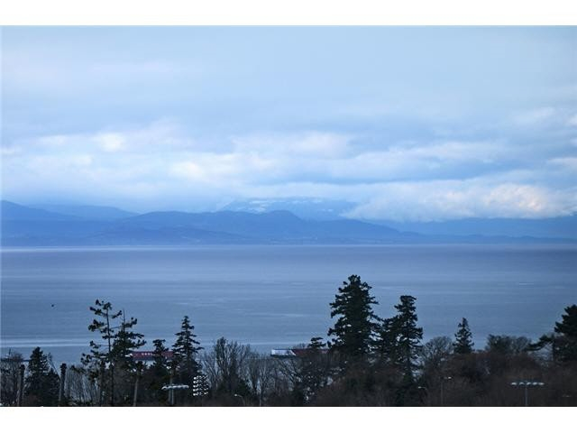 Condo Apartment at PH1 5728 BERTON AVENUE, Unit PH1, Vancouver West, British Columbia. Image 2