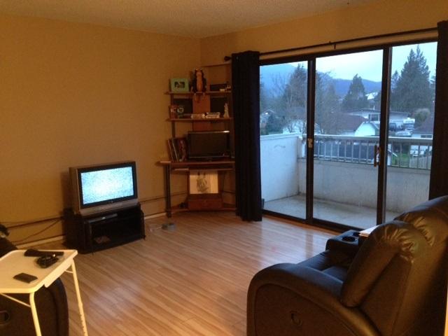 Condo Apartment at 211 9477 COOK STREET, Unit 211, Chilliwack, British Columbia. Image 4