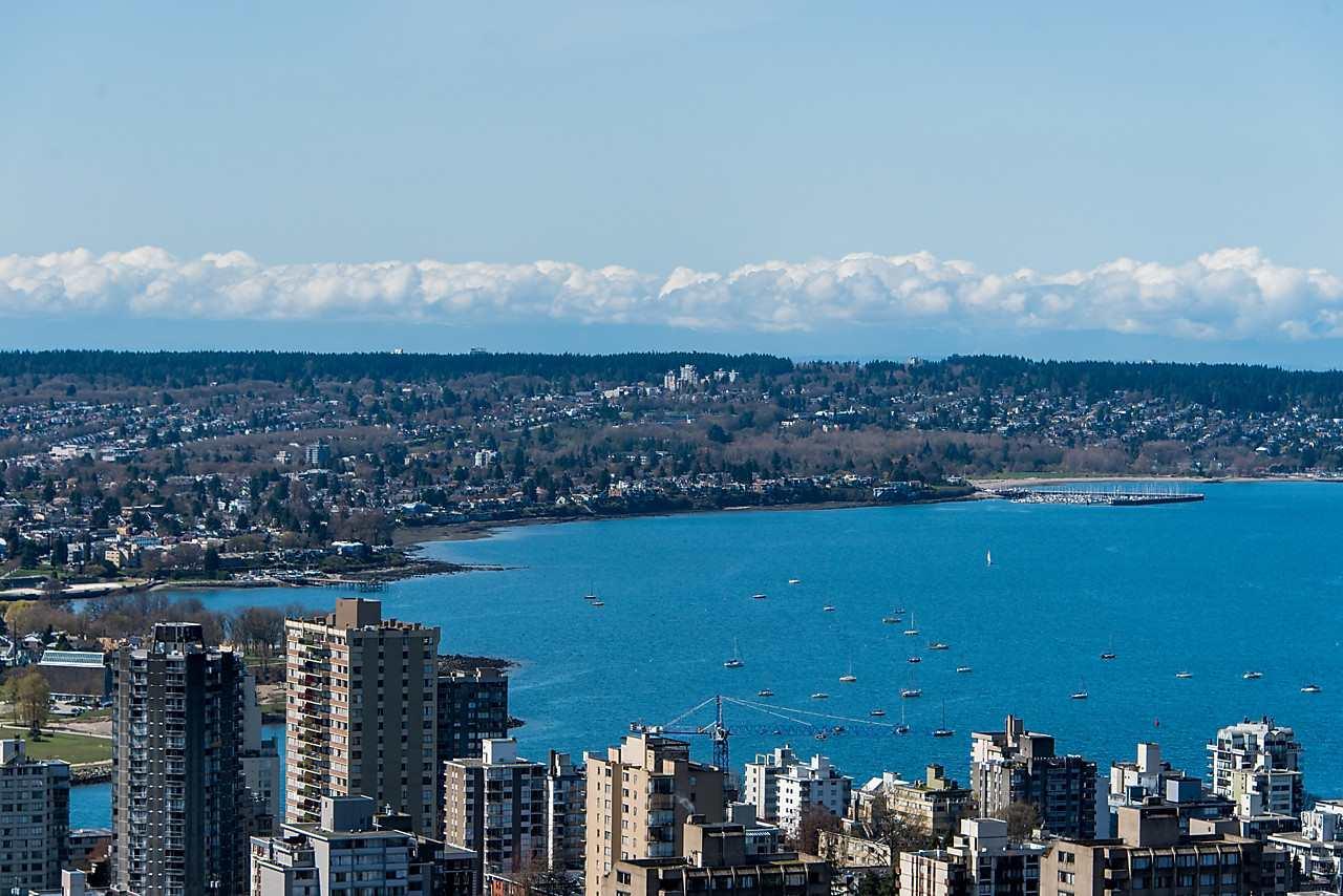 Condo Apartment at 4601 1128 W GEORGIA STREET, Unit 4601, Vancouver West, British Columbia. Image 2
