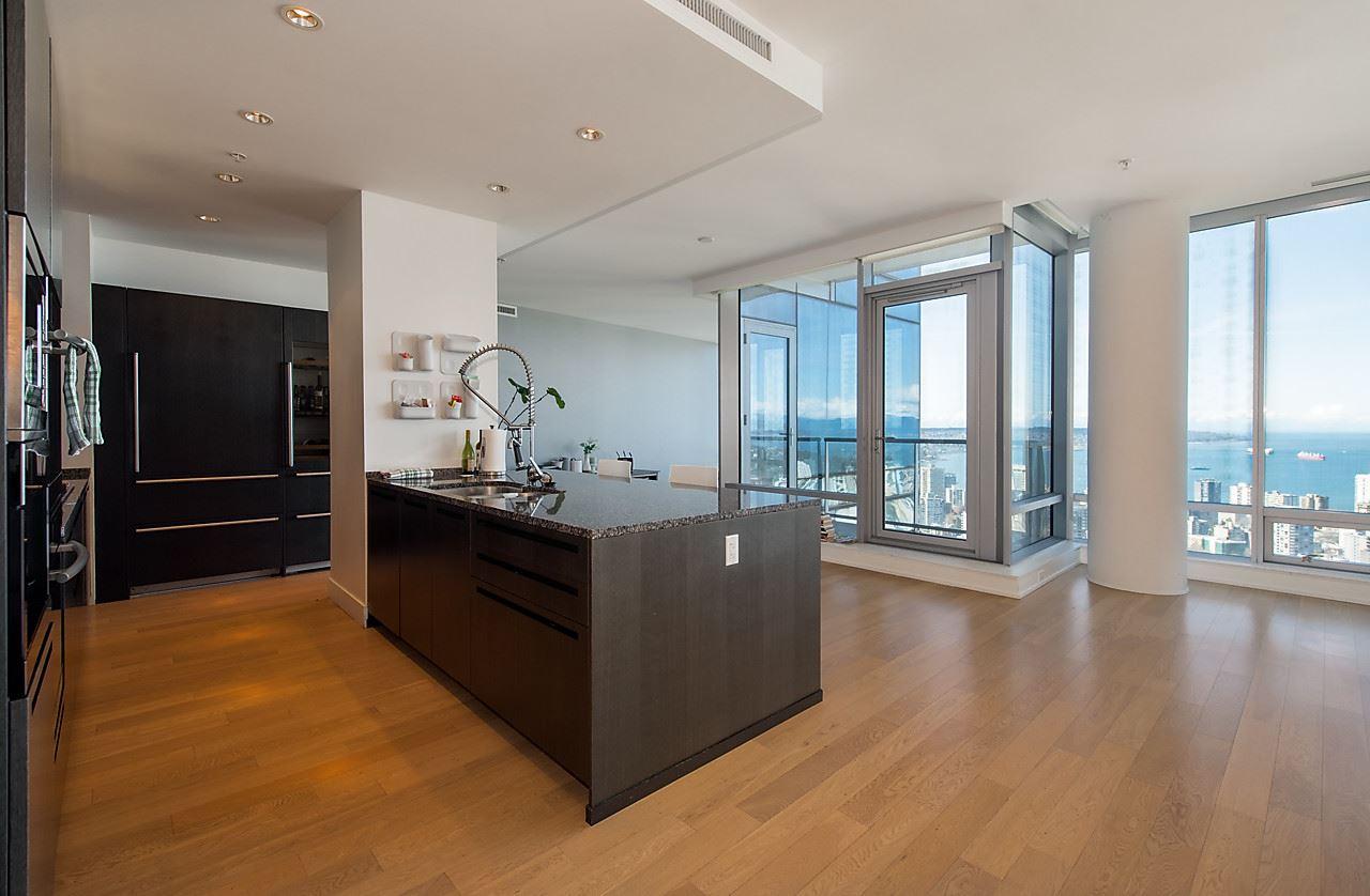 Condo Apartment at 4601 1128 W GEORGIA STREET, Unit 4601, Vancouver West, British Columbia. Image 9
