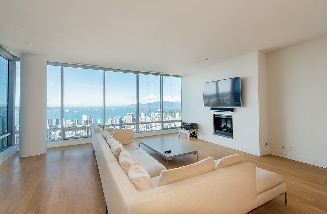 Condo Apartment at 4601 1128 W GEORGIA STREET, Unit 4601, Vancouver West, British Columbia. Image 11