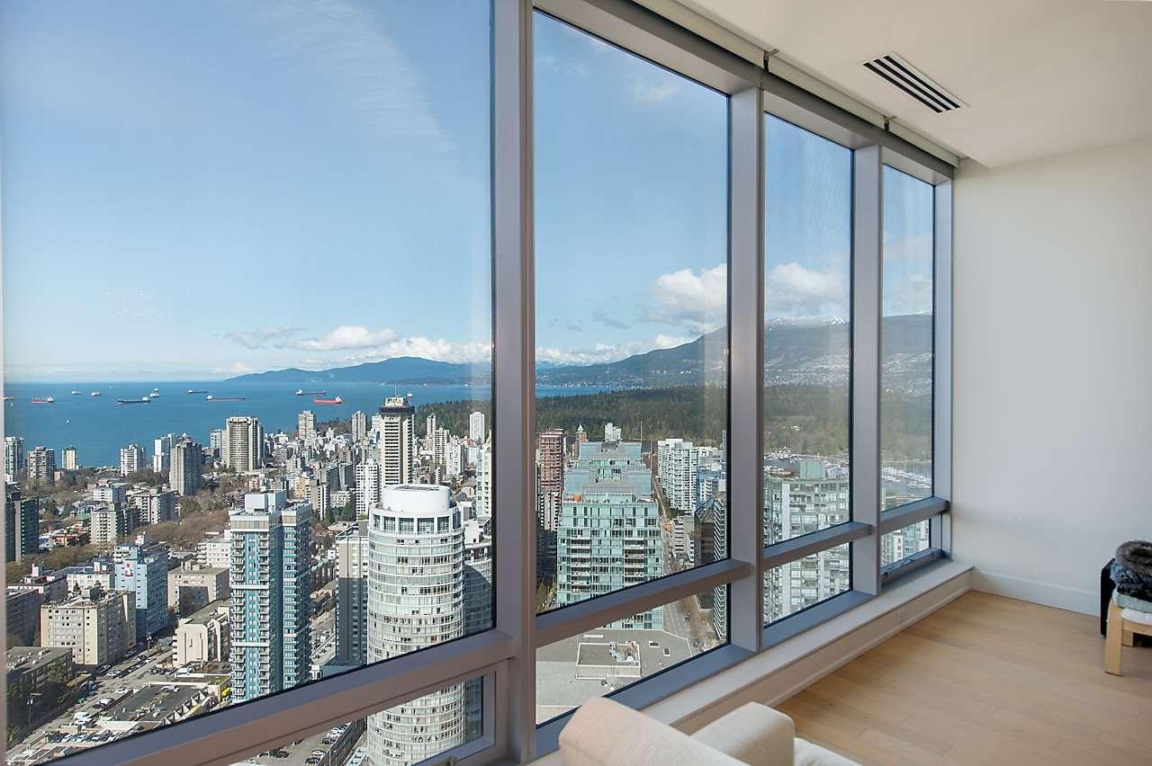 Condo Apartment at 4601 1128 W GEORGIA STREET, Unit 4601, Vancouver West, British Columbia. Image 12