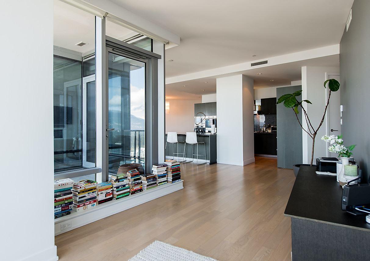 Condo Apartment at 4601 1128 W GEORGIA STREET, Unit 4601, Vancouver West, British Columbia. Image 15