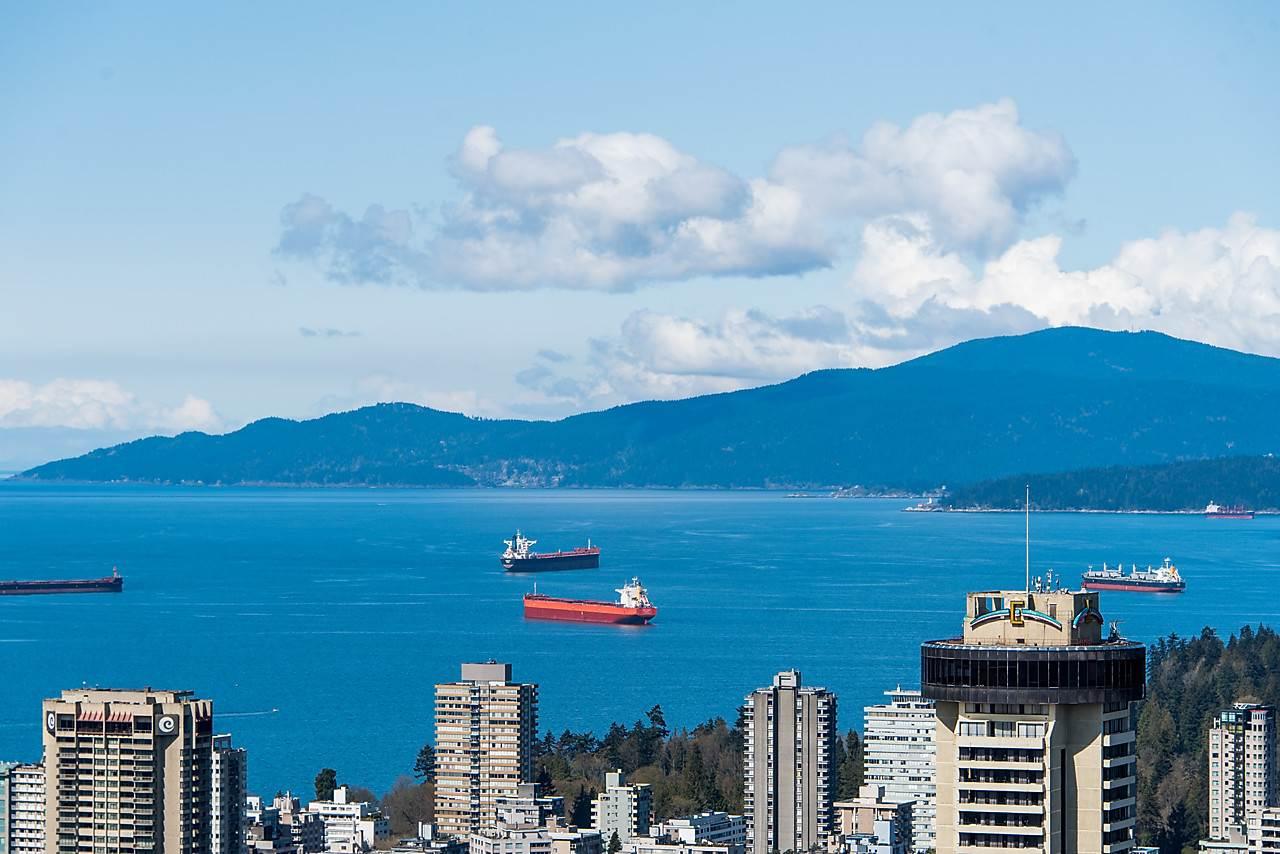 Condo Apartment at 4601 1128 W GEORGIA STREET, Unit 4601, Vancouver West, British Columbia. Image 19