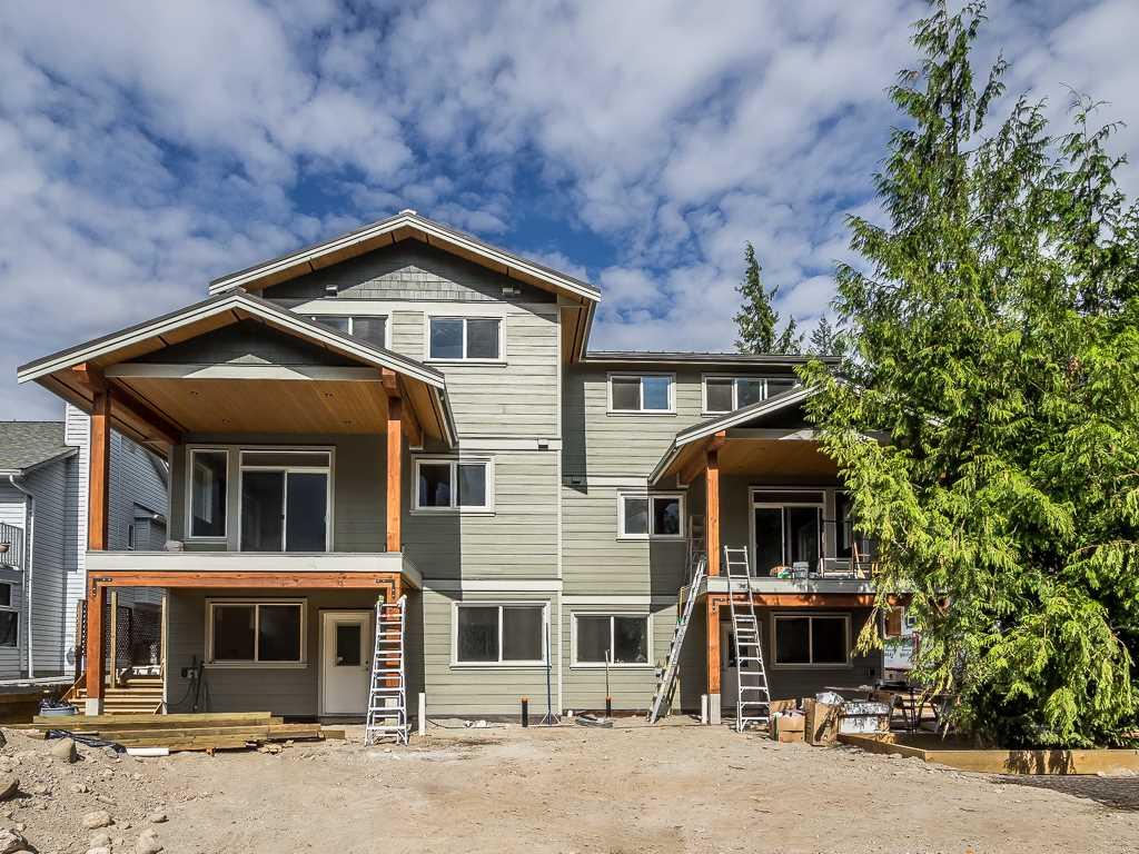 Half-duplex at 41875 GOVERNMENT ROAD, Squamish, British Columbia. Image 20