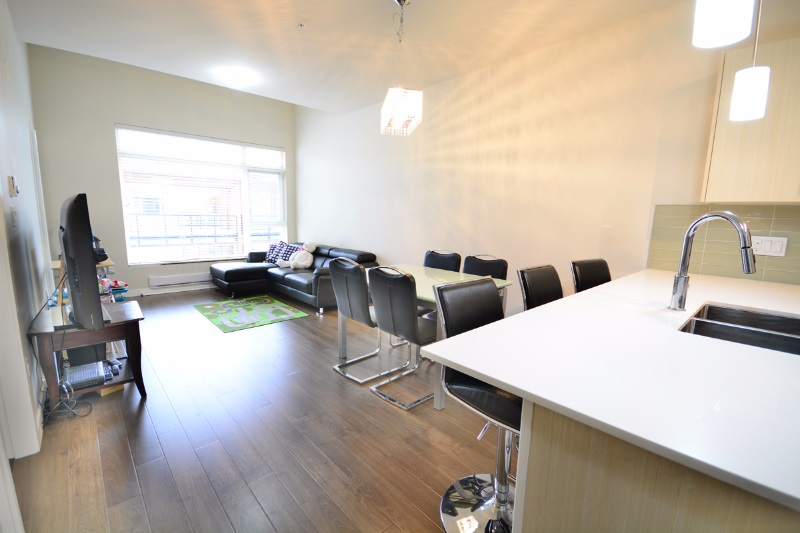 Condo Apartment at PH01 5288 GRIMMER STREET, Unit PH01, Burnaby South, British Columbia. Image 5