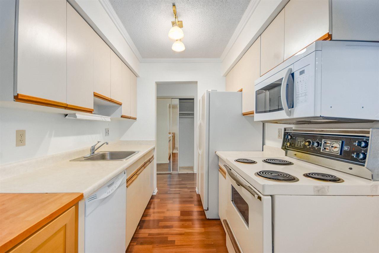 Condo Apartment at 1247 235 KEITH ROAD, Unit 1247, West Vancouver, British Columbia. Image 3