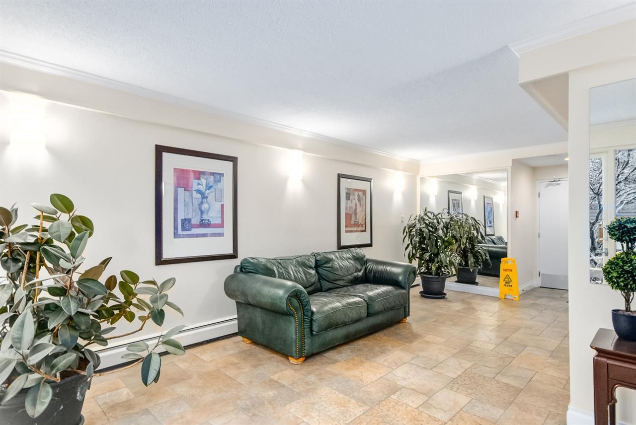 Condo Apartment at 1247 235 KEITH ROAD, Unit 1247, West Vancouver, British Columbia. Image 6