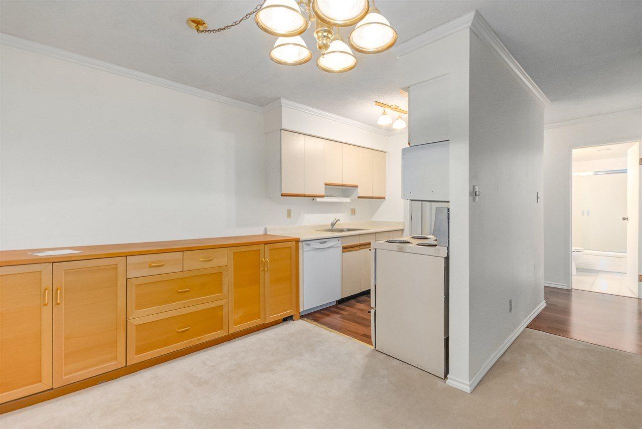 Condo Apartment at 1247 235 KEITH ROAD, Unit 1247, West Vancouver, British Columbia. Image 8