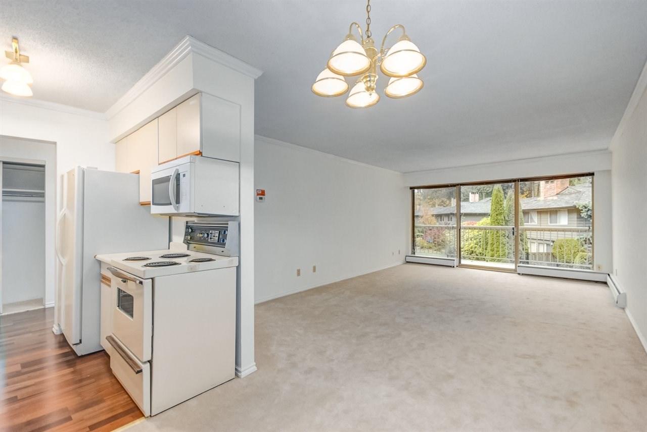 Condo Apartment at 1247 235 KEITH ROAD, Unit 1247, West Vancouver, British Columbia. Image 10