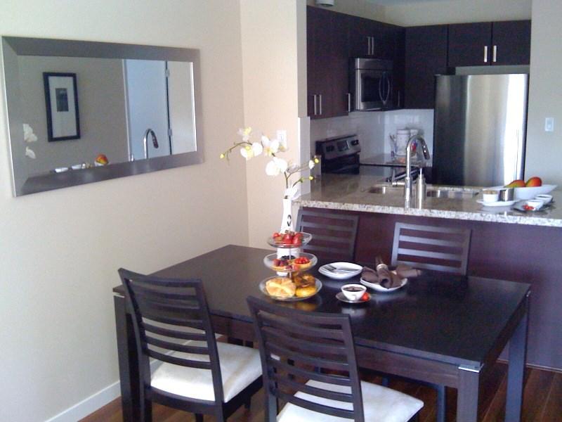 Condo Apartment at 103 930 W 16TH AVENUE, Unit 103, Vancouver West, British Columbia. Image 4