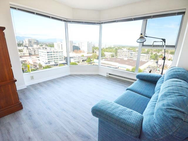 Condo Apartment at 903 8081 WESTMINSTER HIGHWAY, Unit 903, Richmond, British Columbia. Image 14