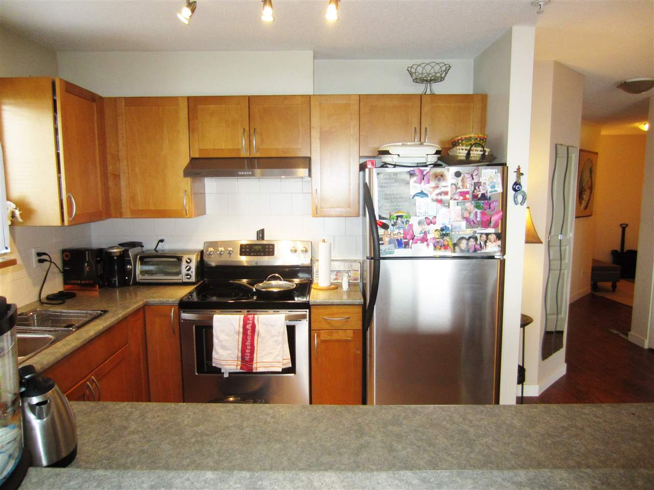 Condo Apartment at 313 365 E 1ST STREET, Unit 313, North Vancouver, British Columbia. Image 4
