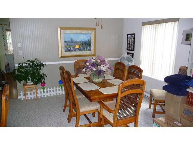 Half-duplex at 38884 GAMBIER AVENUE, Squamish, British Columbia. Image 7