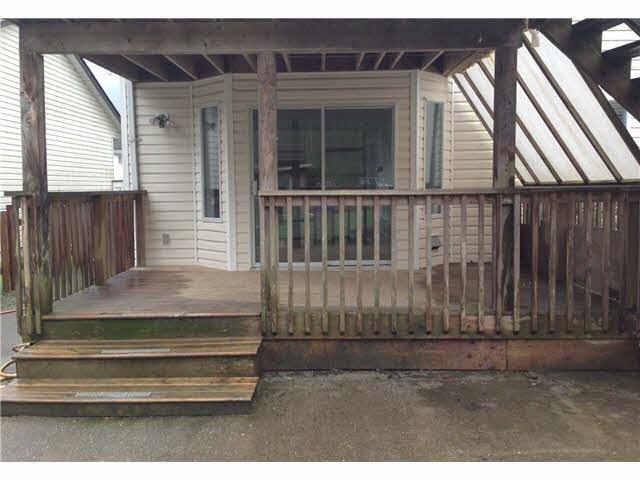 Half-duplex at 38884 GAMBIER AVENUE, Squamish, British Columbia. Image 13